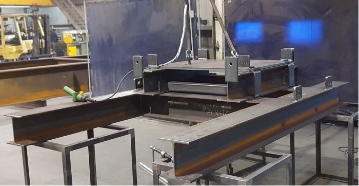 Services dans la confection de sculptures d'acier pour les mosaïcultures, de pièces métalliques esthétiques de toutes sortes ainsi que dans la fabrication de diverses structures d'acier
